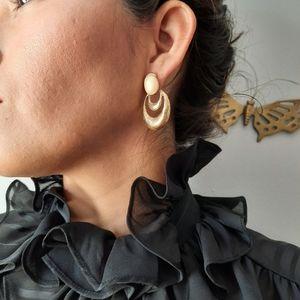 Vintage chunky gold tone earrings